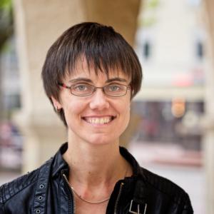 Porträtfoto von Grafik- und Webdesignerin Nicole van Meegen